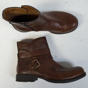 Born BOC Joyner Brown Ankle Boots